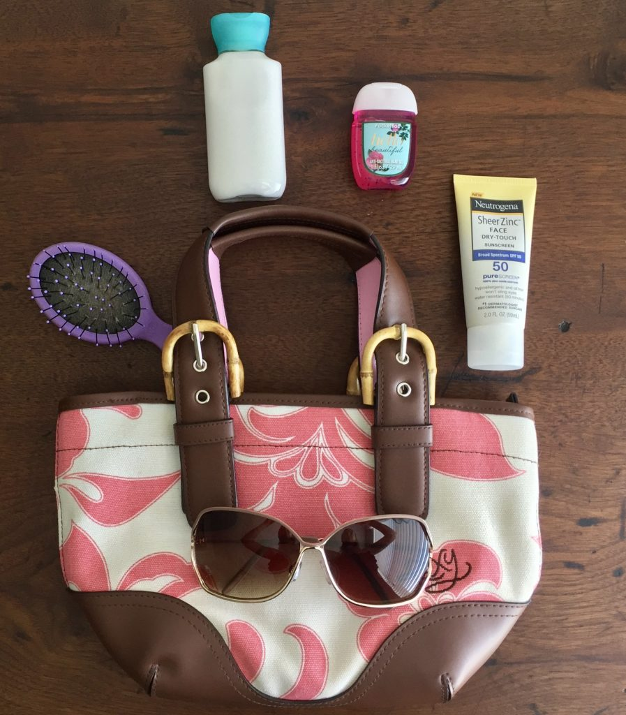 Love your skin and protect it with Neutrogena Sheer Zinc. I have it with me at all times - even in my handbag. I'm also sharing tips for making the most out of your Florida vacation. #Ad #SummerSkinReady #ChooseSkinHealth